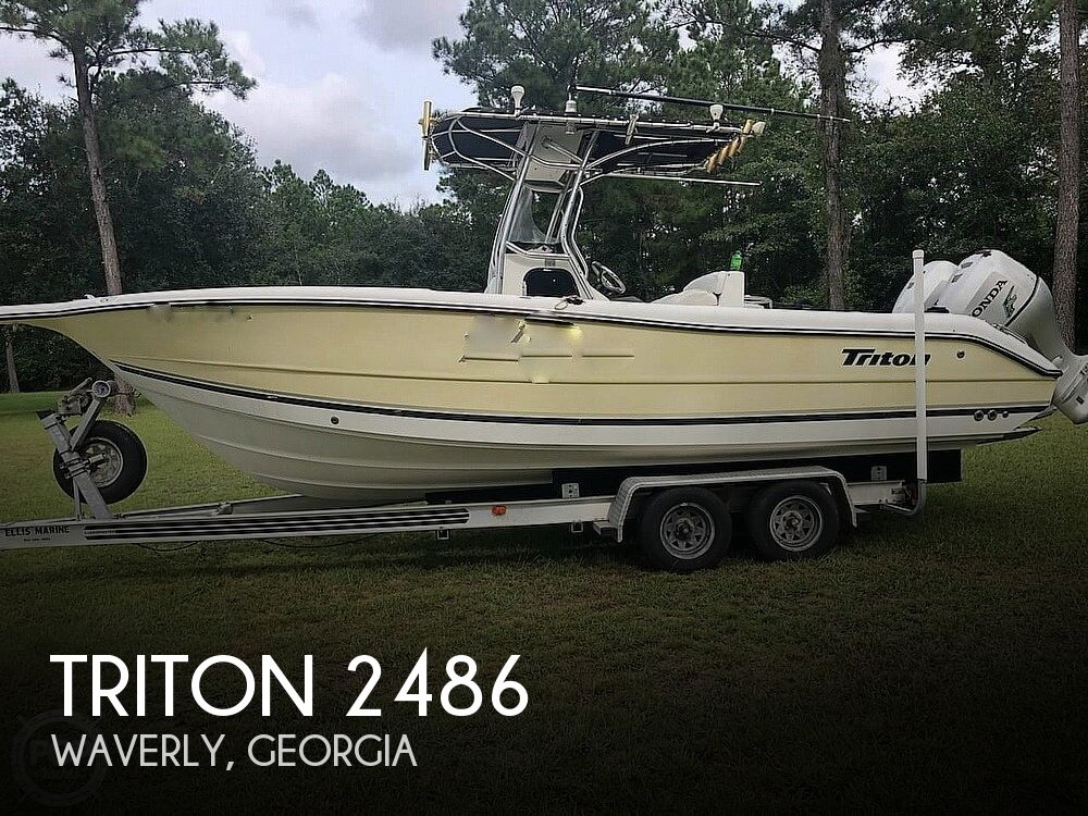 2003 Triton boat for sale, model of the boat is 2486 & Image # 1 of 40