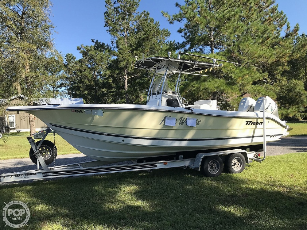 2003 Triton boat for sale, model of the boat is 2486 & Image # 3 of 40