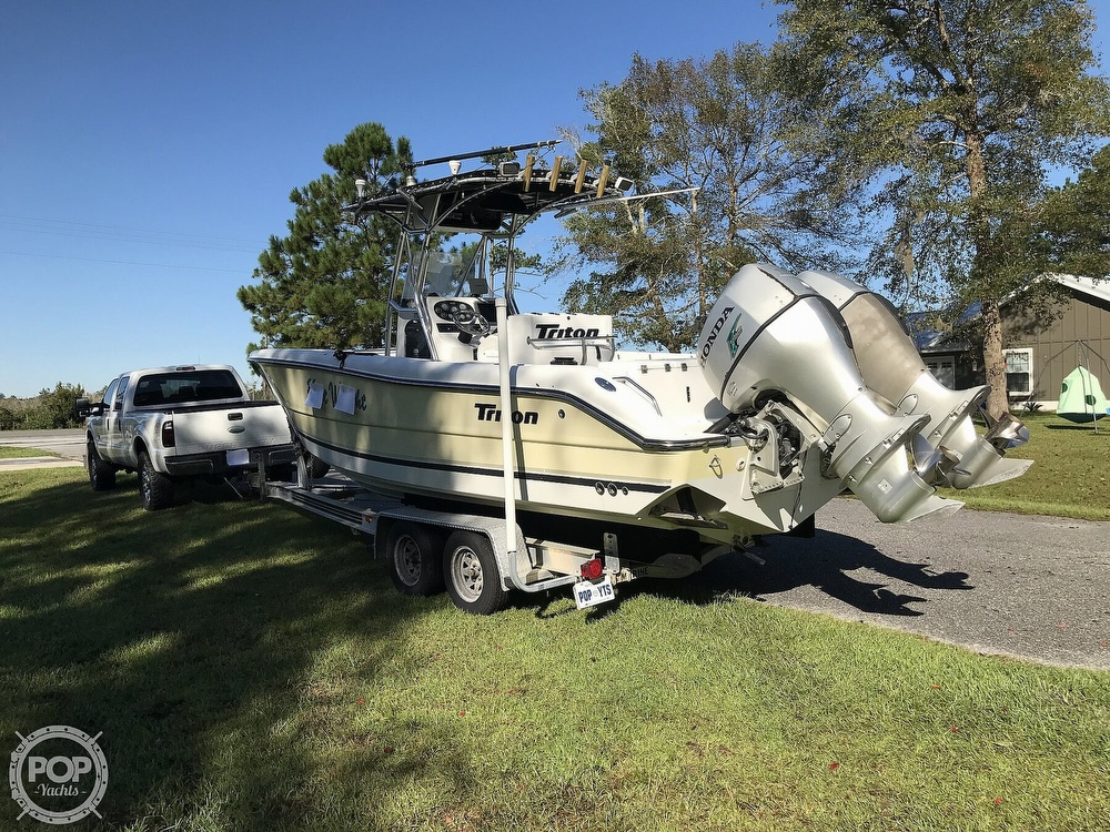 2003 Triton boat for sale, model of the boat is 2486 & Image # 16 of 40