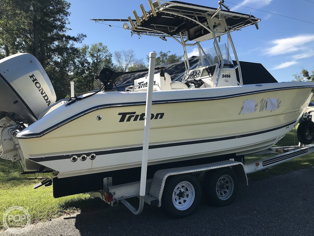 2003 Triton boat for sale, model of the boat is 2486 & Image # 21 of 40