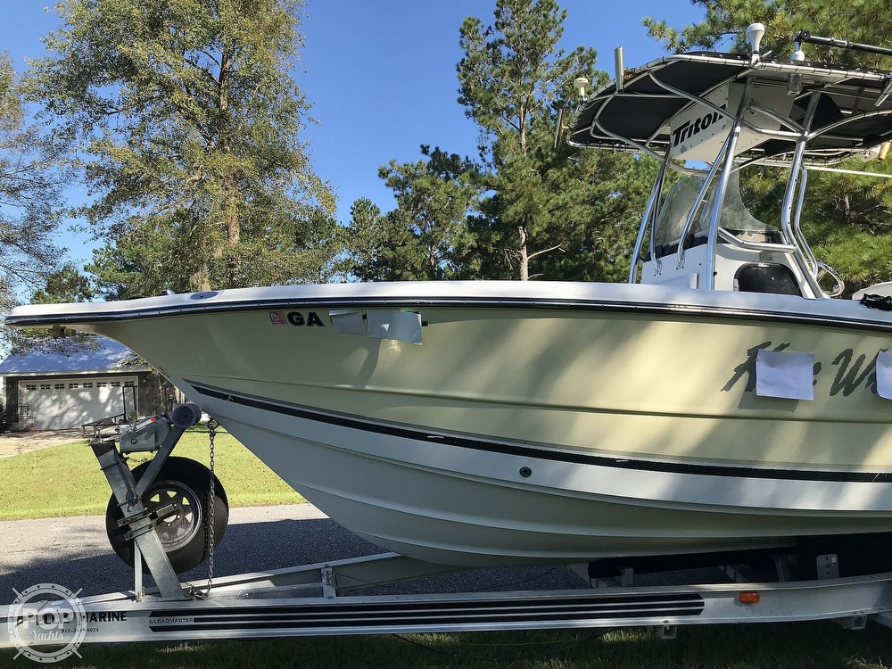 2003 Triton boat for sale, model of the boat is 2486 & Image # 32 of 40