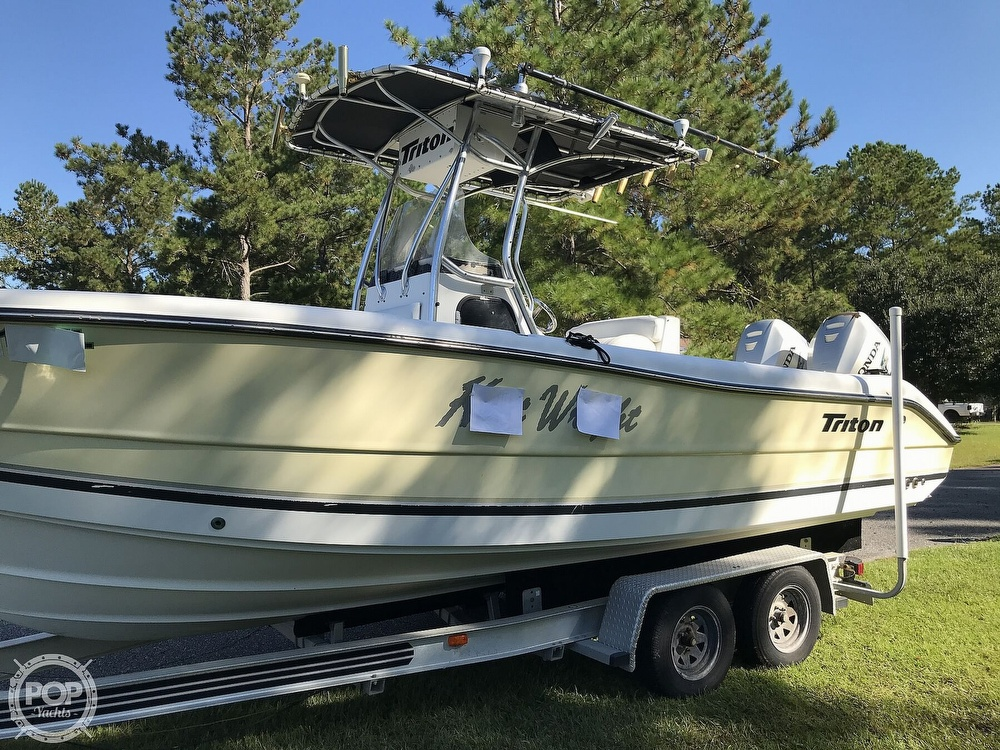 2003 Triton boat for sale, model of the boat is 2486 & Image # 33 of 40