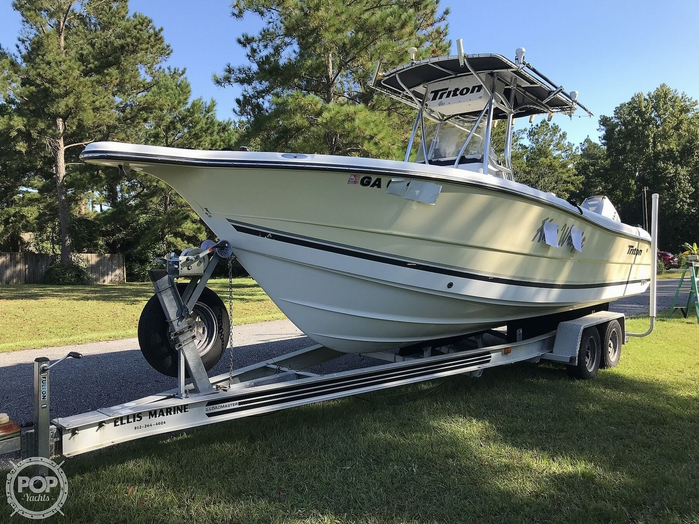 2003 Triton boat for sale, model of the boat is 2486 & Image # 6 of 40