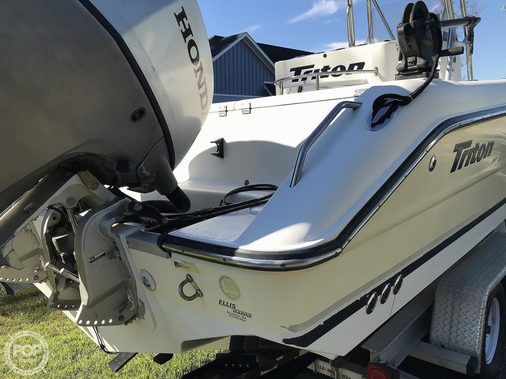 2003 Triton boat for sale, model of the boat is 2486 & Image # 39 of 40