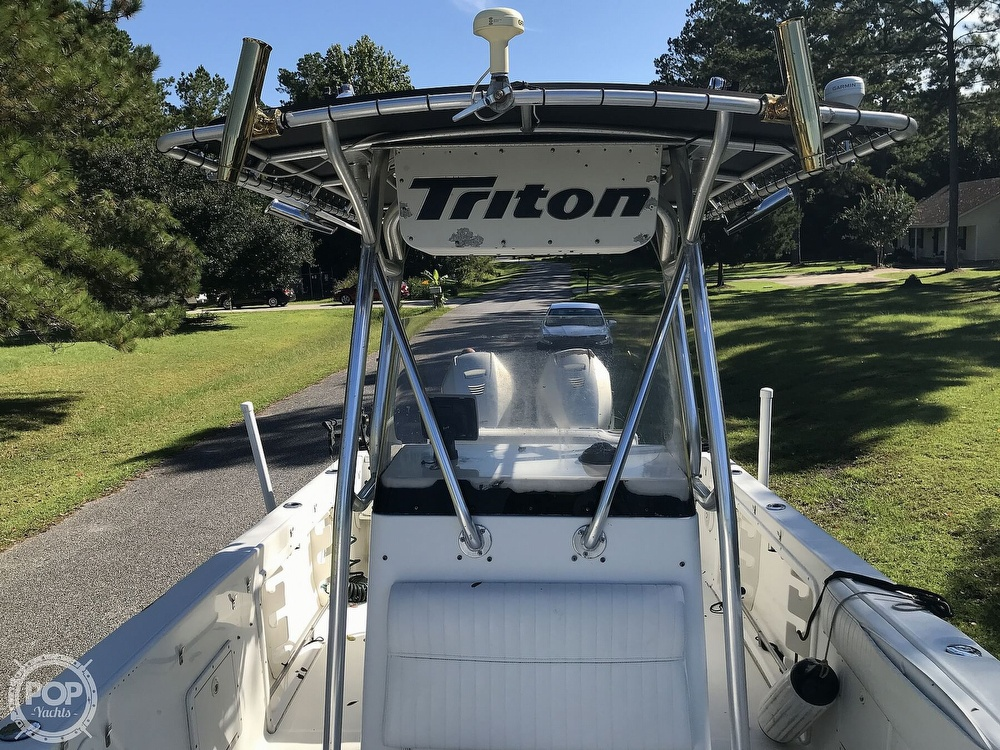 2003 Triton boat for sale, model of the boat is 2486 & Image # 9 of 40
