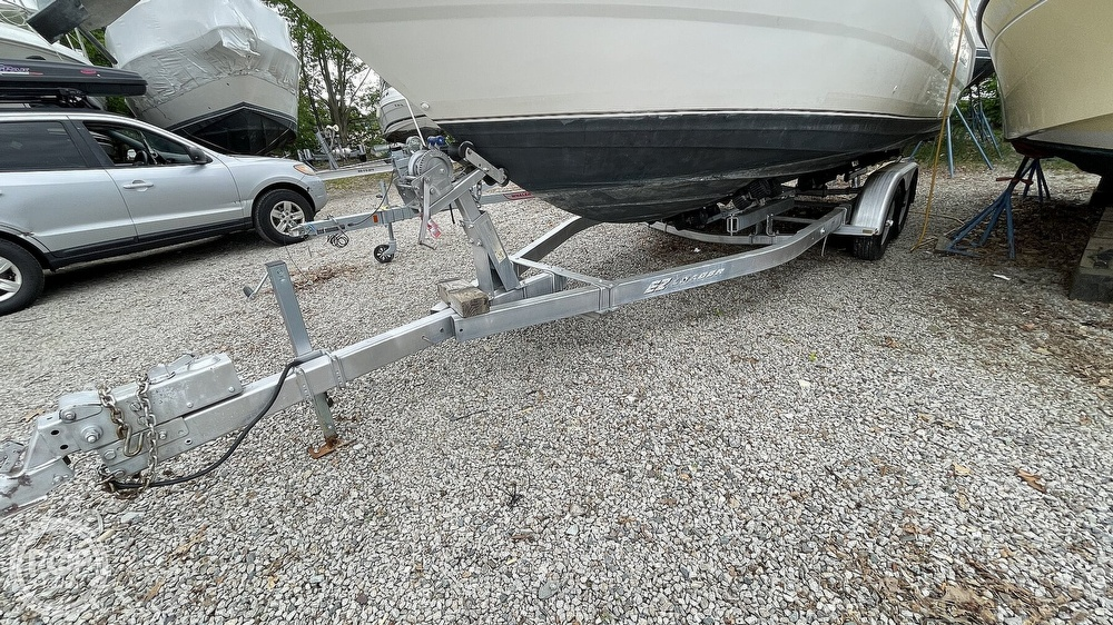 2000 Wellcraft boat for sale, model of the boat is Martinique 2600 & Image # 6 of 40