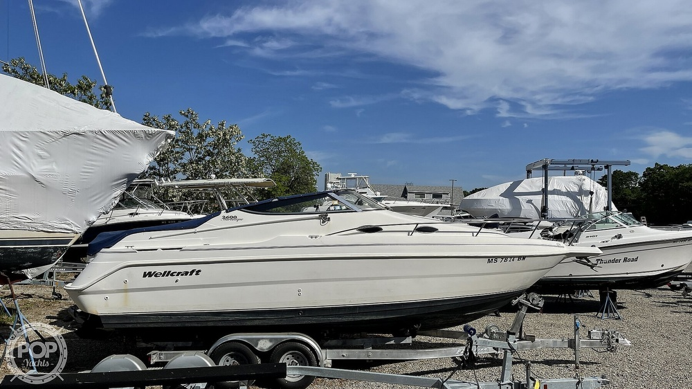 2000 Wellcraft boat for sale, model of the boat is Martinique 2600 & Image # 22 of 40