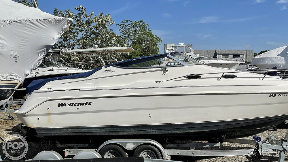 2000 Wellcraft boat for sale, model of the boat is Martinique 2600 & Image # 24 of 40