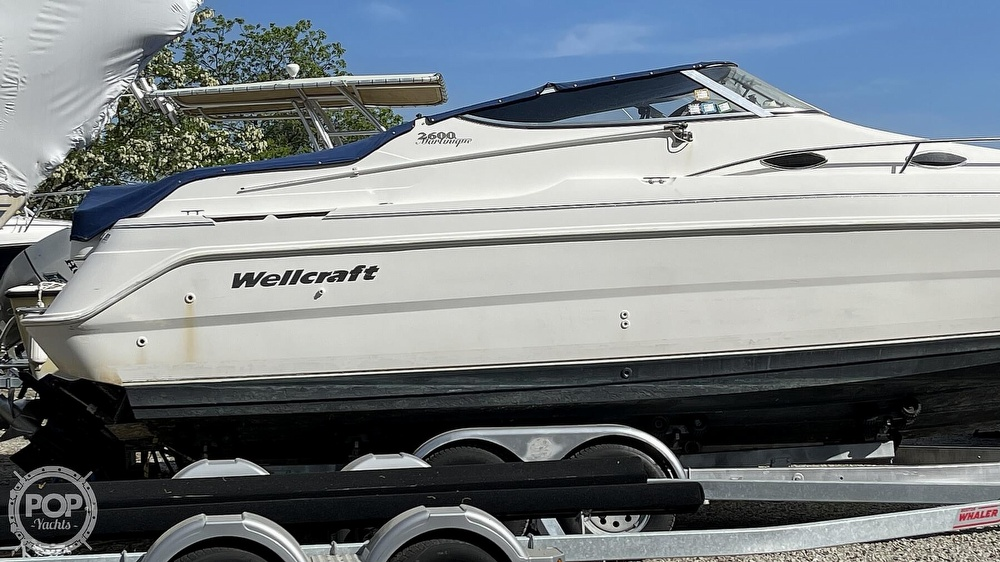 2000 Wellcraft boat for sale, model of the boat is Martinique 2600 & Image # 25 of 40
