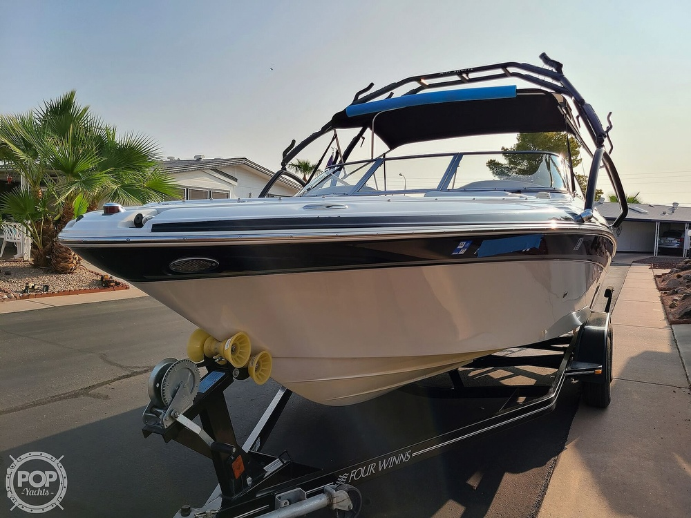 2004 Four Winns boat for sale, model of the boat is 210 Horizon & Image # 6 of 40