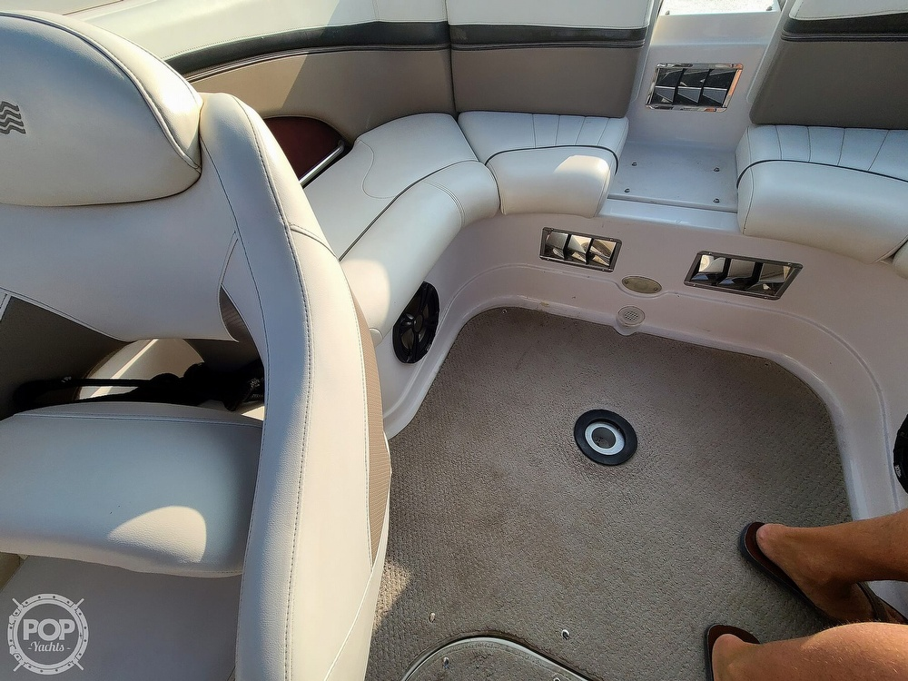 2004 Four Winns boat for sale, model of the boat is 210 Horizon & Image # 30 of 40