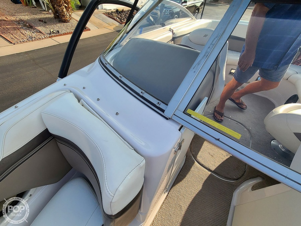 2004 Four Winns boat for sale, model of the boat is 210 Horizon & Image # 35 of 40