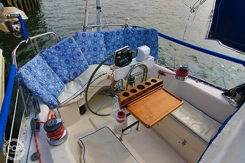 1983 Canadian Sailcraft boat for sale, model of the boat is CS 36 & Image # 6 of 40