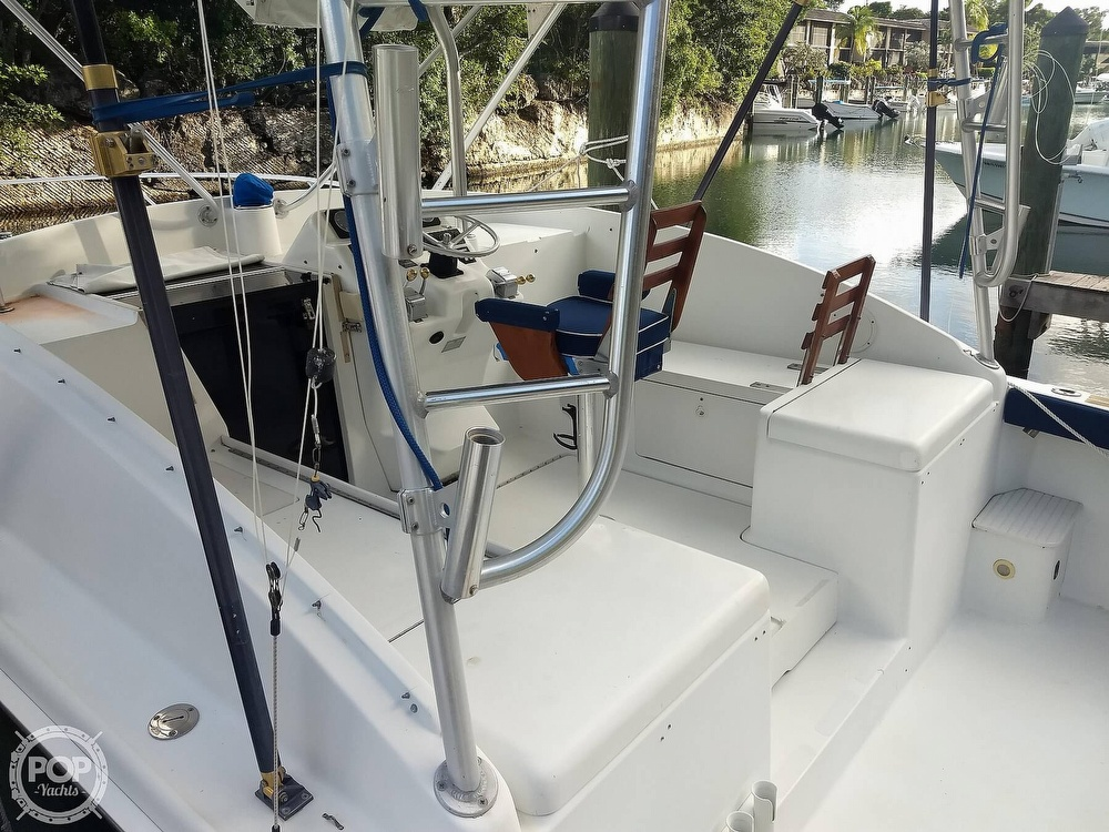 1994 Luhrs boat for sale, model of the boat is 290 Open & Image # 27 of 40