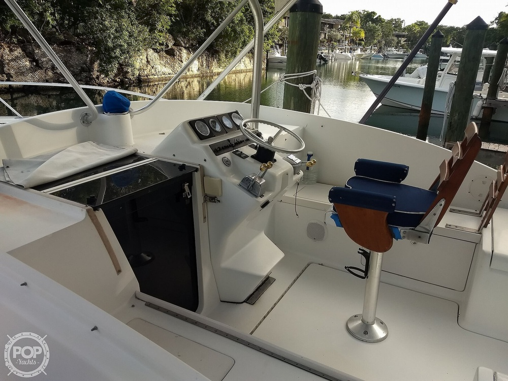 1994 Luhrs boat for sale, model of the boat is 290 Open & Image # 28 of 40