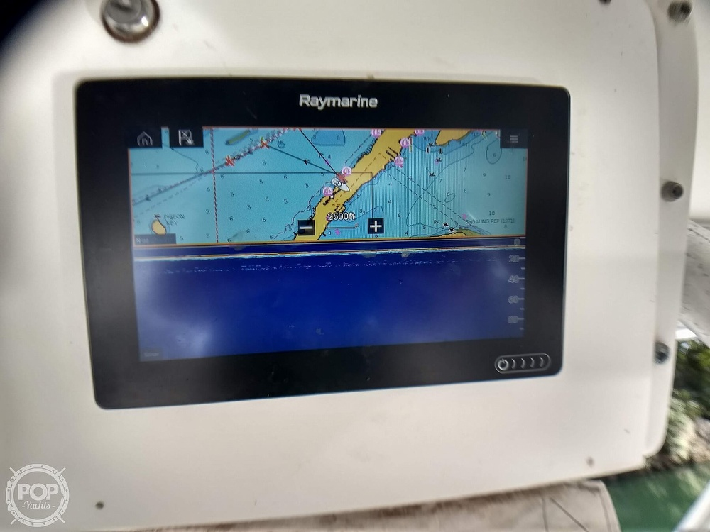 1994 Luhrs boat for sale, model of the boat is 290 Open & Image # 5 of 40