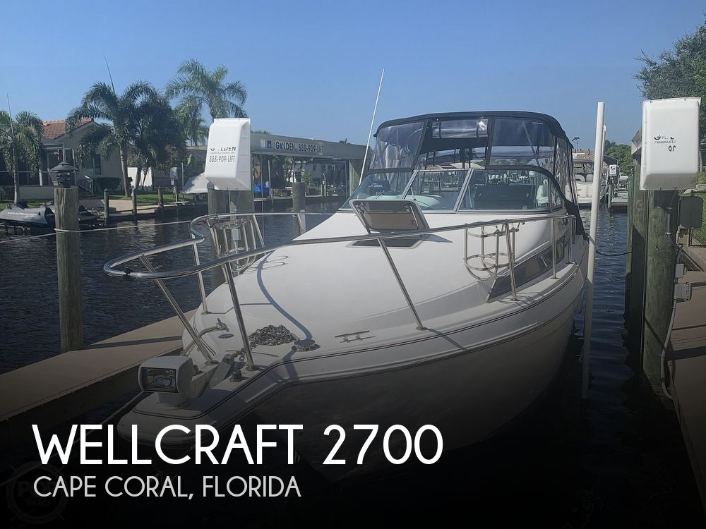 1995 Wellcraft boat for sale, model of the boat is 2700 Martinique & Image # 1 of 41