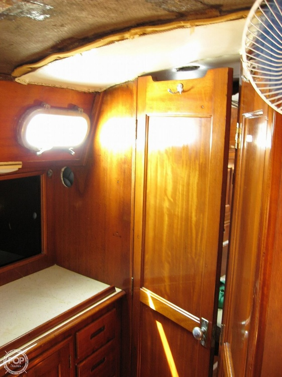 1968 Islander boat for sale, model of the boat is 44 & Image # 6 of 36