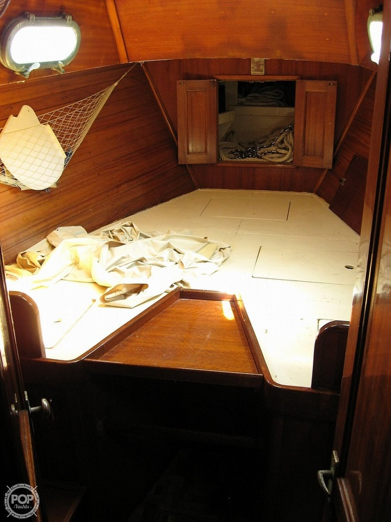 1968 Islander boat for sale, model of the boat is 44 & Image # 12 of 36