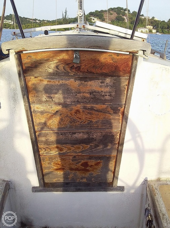 1968 Islander boat for sale, model of the boat is 44 & Image # 18 of 36