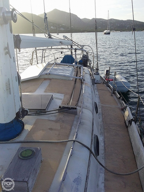 1968 Islander boat for sale, model of the boat is 44 & Image # 25 of 36
