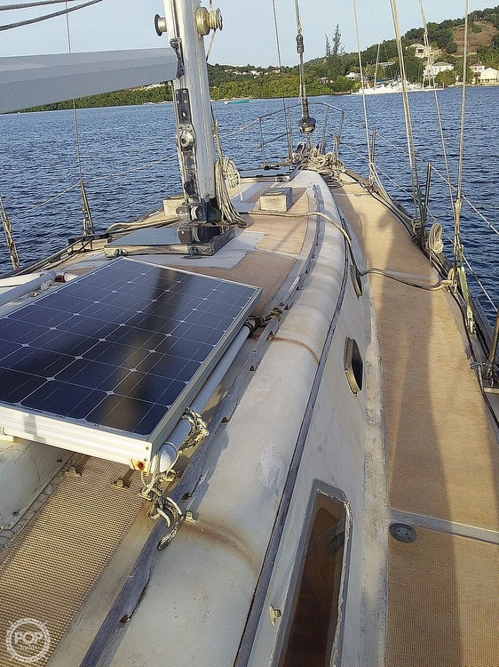 1968 Islander boat for sale, model of the boat is 44 & Image # 30 of 35