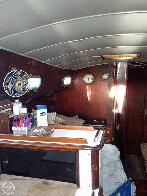 1968 Islander boat for sale, model of the boat is 44 & Image # 34 of 36