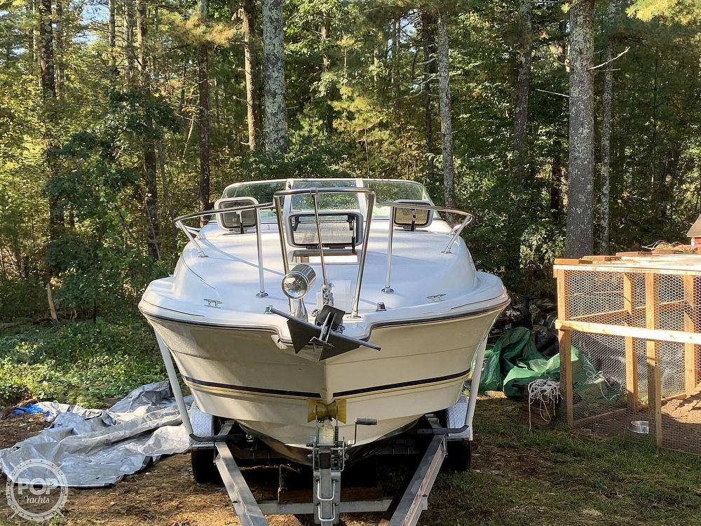 1994 Rinker boat for sale, model of the boat is Fiesta Vee 260 & Image # 7 of 40