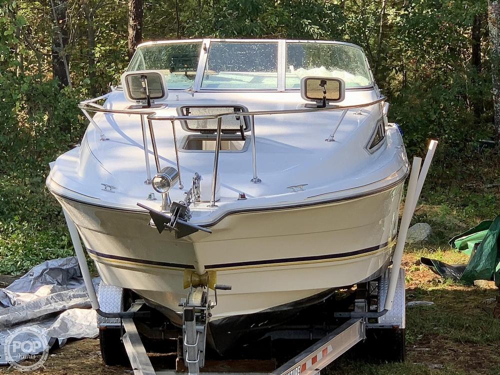 1994 Rinker boat for sale, model of the boat is Fiesta Vee 260 & Image # 14 of 40