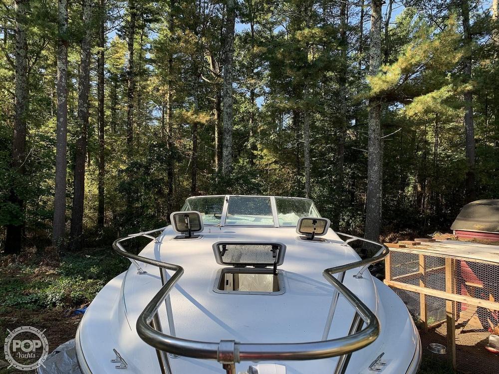 1994 Rinker boat for sale, model of the boat is Fiesta Vee 260 & Image # 10 of 40
