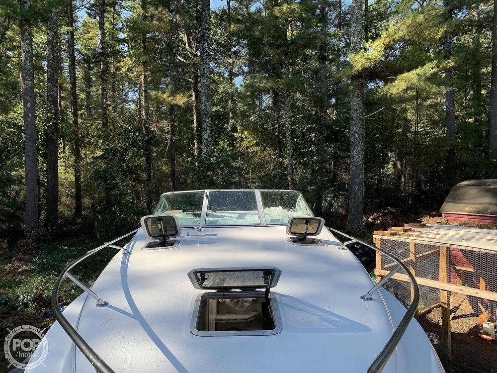1994 Rinker boat for sale, model of the boat is Fiesta Vee 260 & Image # 8 of 40