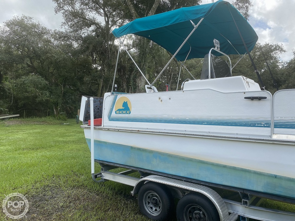 2001 Beachcat boat for sale, model of the boat is 23 & Image # 10 of 41