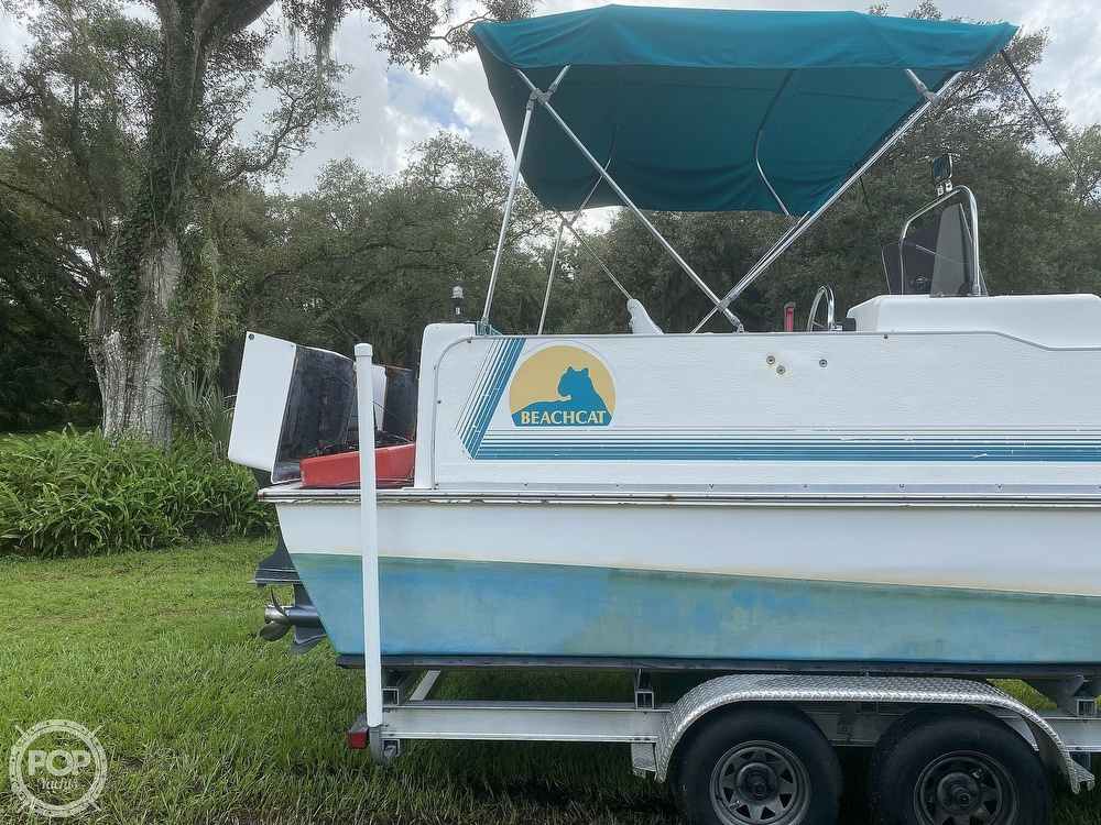 2001 Beachcat boat for sale, model of the boat is 23 & Image # 11 of 41