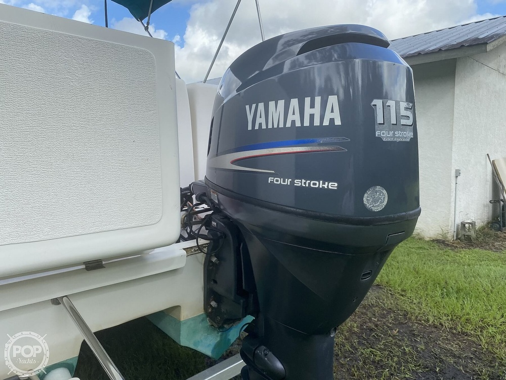 2001 Beachcat boat for sale, model of the boat is 23 & Image # 24 of 41