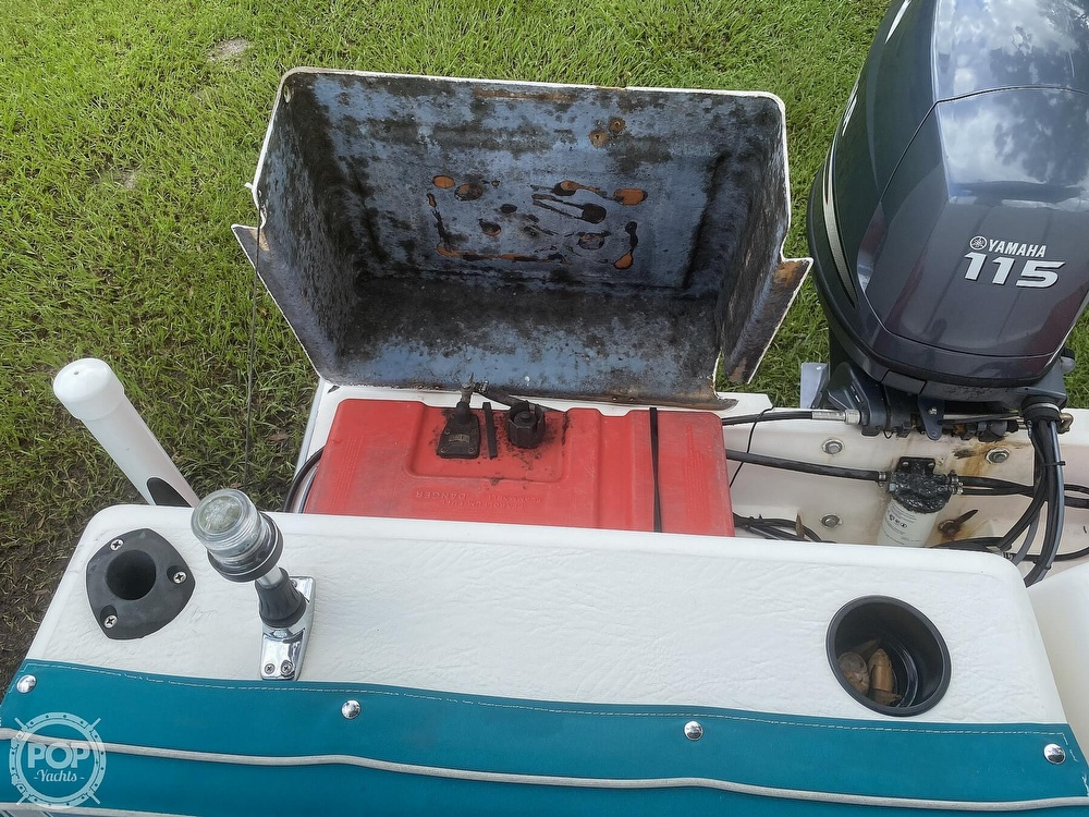 2001 Beachcat boat for sale, model of the boat is 23 & Image # 30 of 41