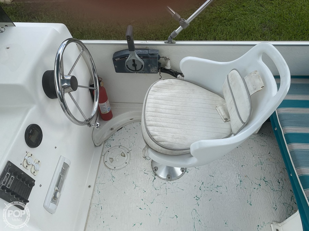 2001 Beachcat boat for sale, model of the boat is 23 & Image # 6 of 41