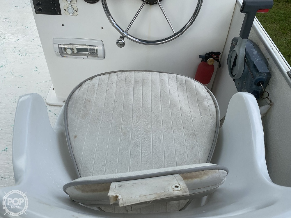 2001 Beachcat boat for sale, model of the boat is 23 & Image # 40 of 41
