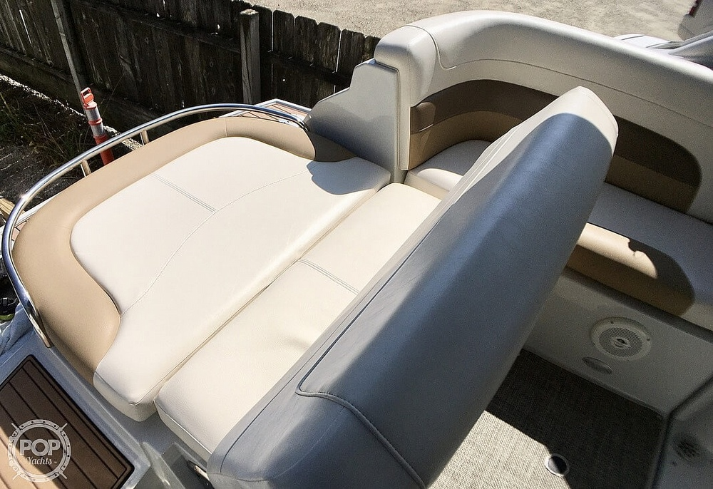 2014 Crownline boat for sale, model of the boat is 294 CR & Image # 15 of 40