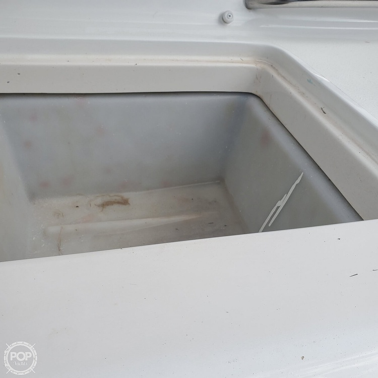 2003 Four Winns boat for sale, model of the boat is 220 Horizon & Image # 23 of 40