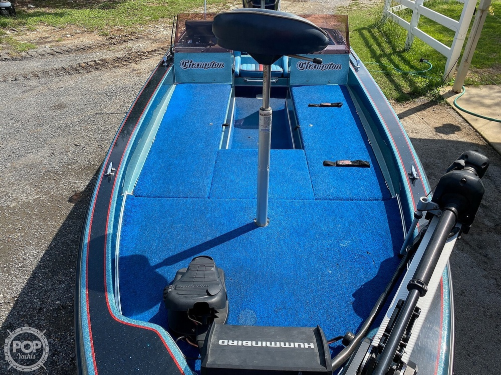 1991 Champion boat for sale, model of the boat is 201 DCR & Image # 17 of 40