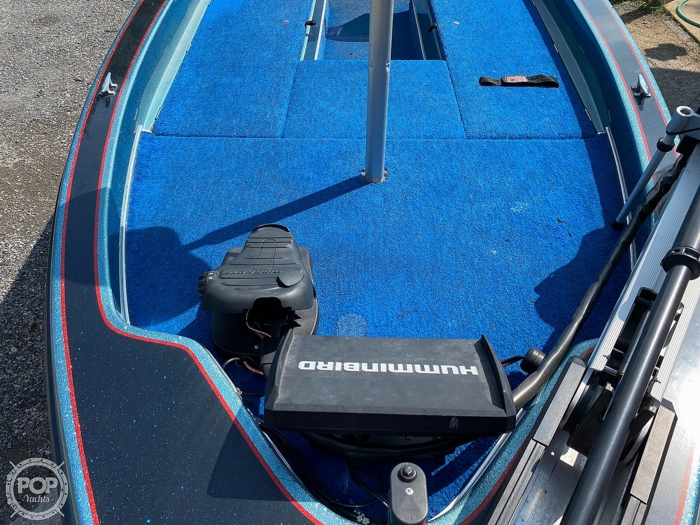 1991 Champion boat for sale, model of the boat is 201 DCR & Image # 22 of 40