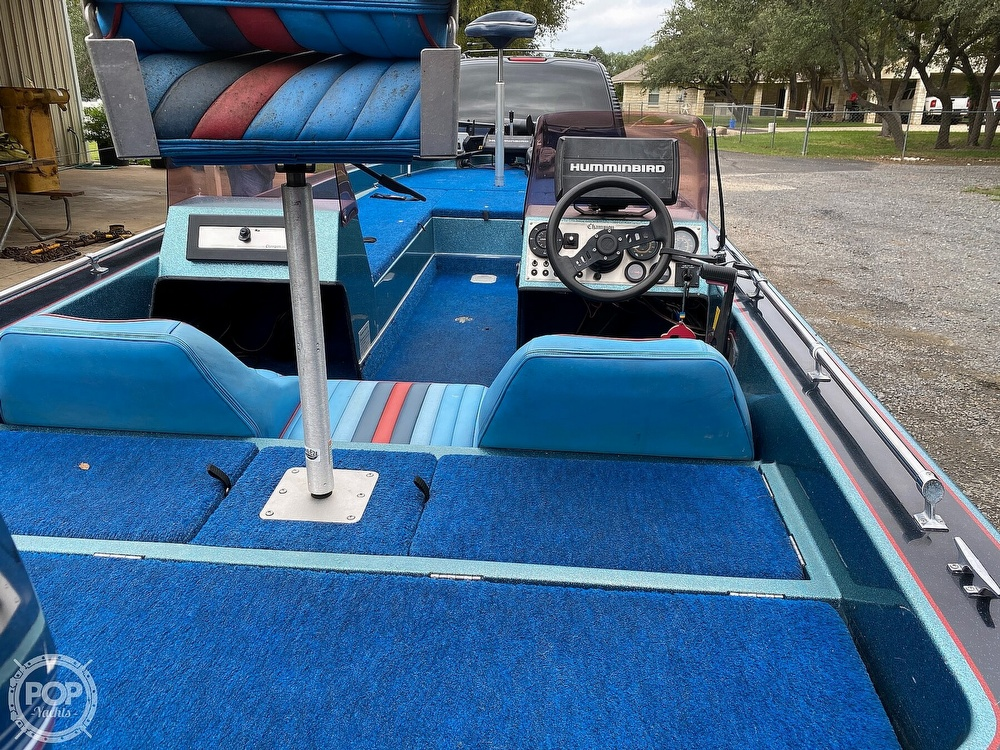 1991 Champion boat for sale, model of the boat is 201 DCR & Image # 13 of 40