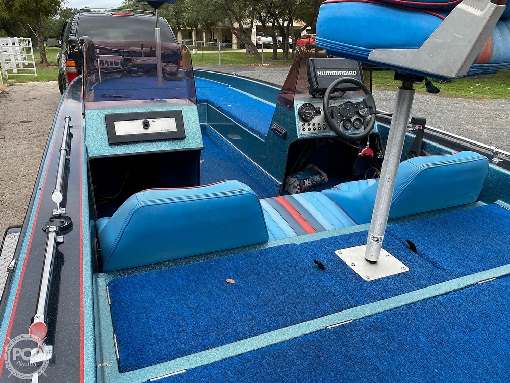 1991 Champion boat for sale, model of the boat is 201 DCR & Image # 14 of 40