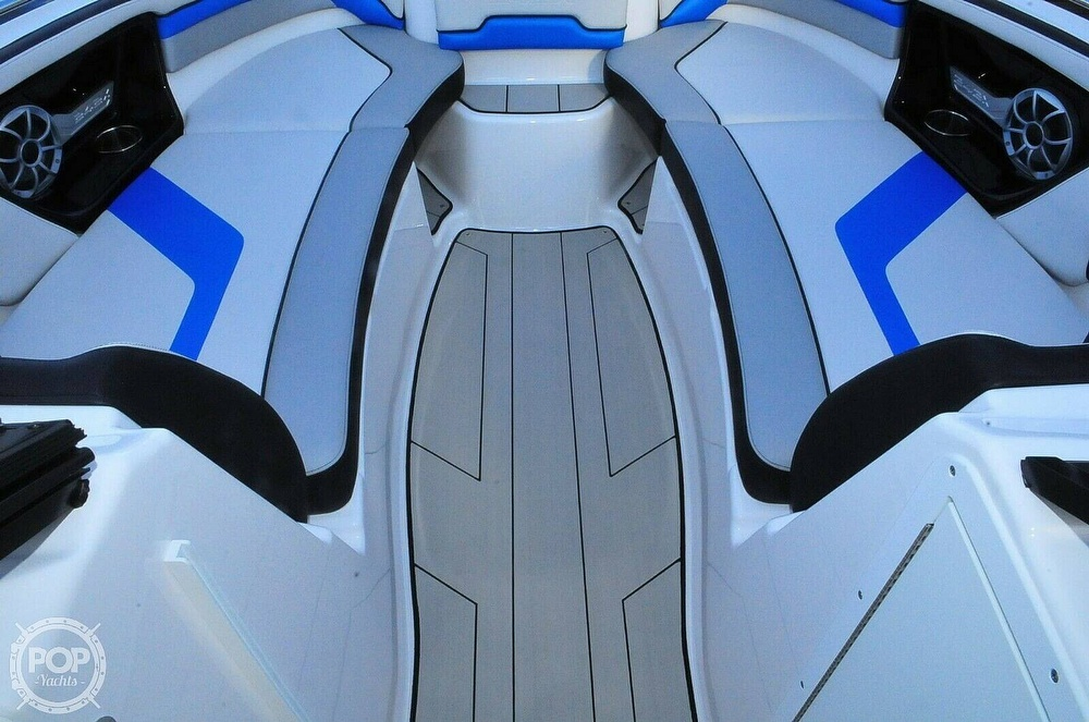 2020 Yamaha boat for sale, model of the boat is 242X E Series & Image # 18 of 40