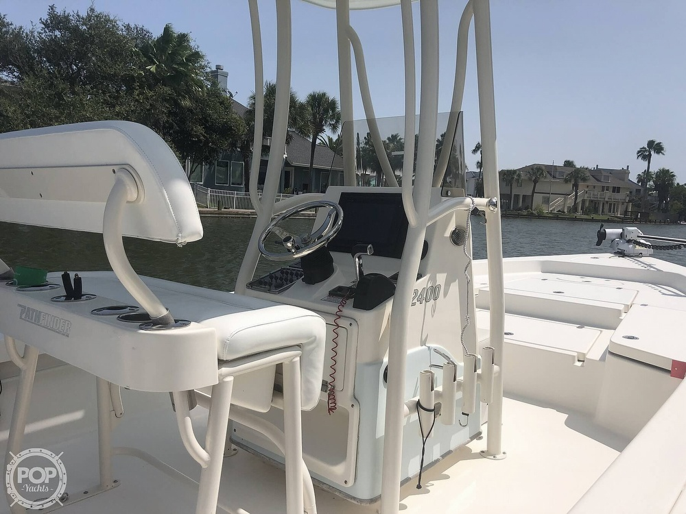 2014 Pathfinder boat for sale, model of the boat is 2400 TRS/CC & Image # 11 of 41