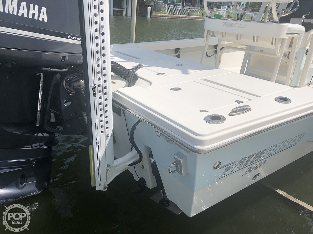 2014 Pathfinder boat for sale, model of the boat is 2400 TRS/CC & Image # 20 of 41