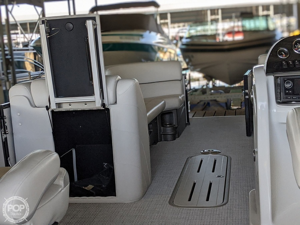 2016 Avalon boat for sale, model of the boat is Windjammer 2785 QL & Image # 34 of 41