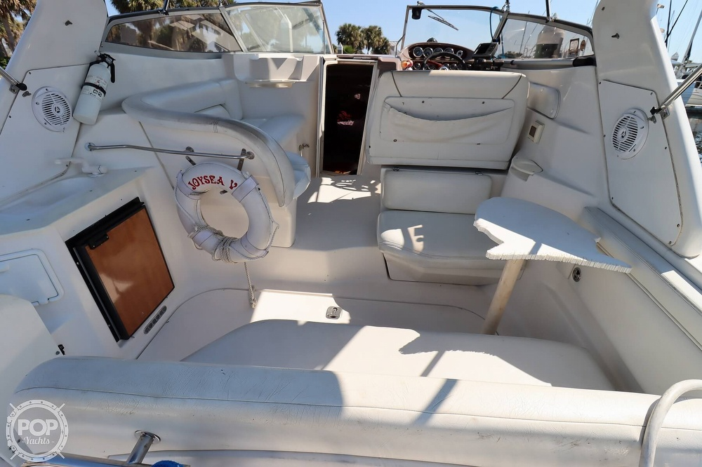 2003 Regal boat for sale, model of the boat is 2860 Commodore & Image # 32 of 40