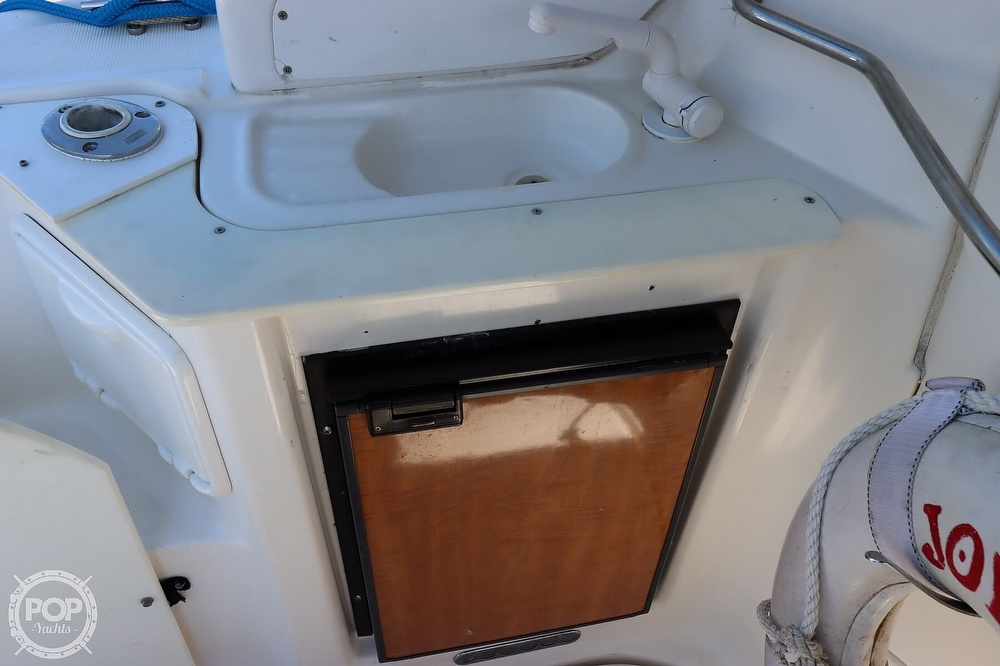2003 Regal boat for sale, model of the boat is 2860 Commodore & Image # 35 of 40