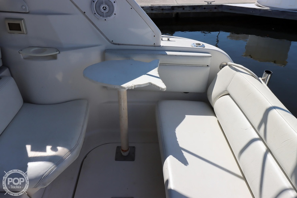 2003 Regal boat for sale, model of the boat is 2860 Commodore & Image # 36 of 40